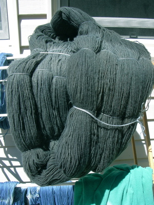 gray-green yarn