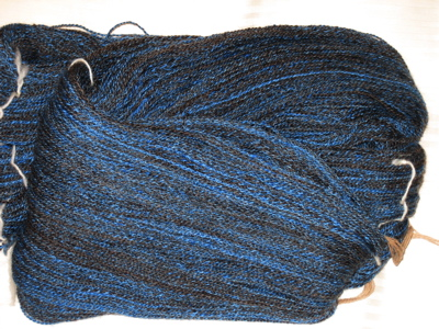 Wool silk blend yarn