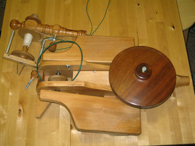 Little Gem spinning wheel, partly disassembled